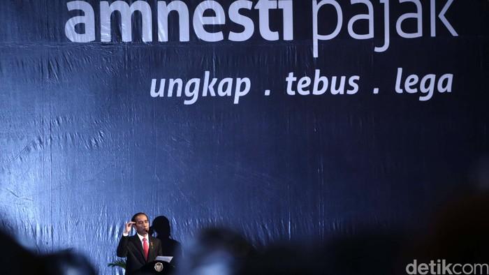Presiden Joko Widodo saat melakukan sosialisasi Undang-Undang Pengampunan Pajak atau Tax Amnesty, Senin (1/8/2016) acara yang dilaksanakan di Hall D, JI-EXPO Kemayoran, Jakarta Pusat itu dihadiri oleh sekitar 5.000 orang pengusaha. Hasan Alhabshy/detikcom