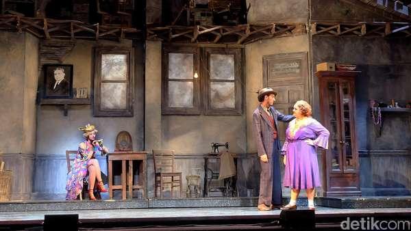 Mengintip Cuplikan Pentas Broadway Annie Jakarta