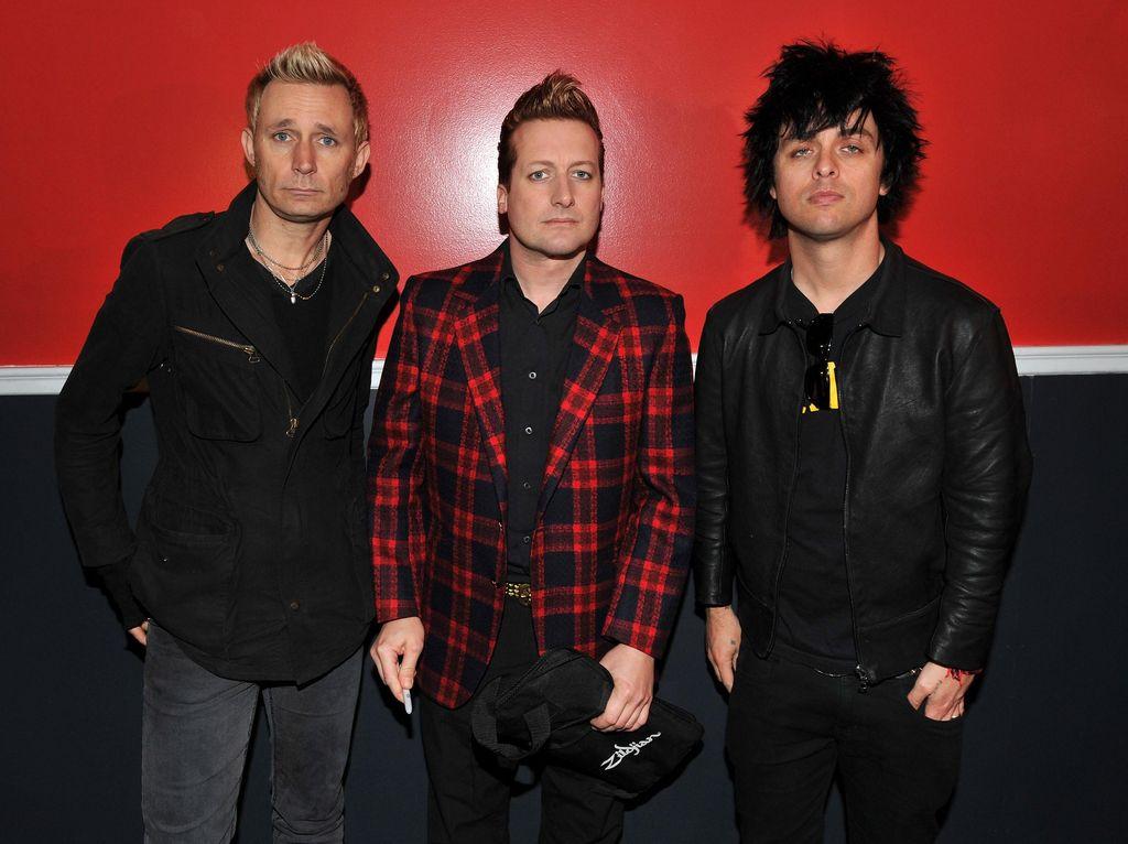 Chord Gitar Basket Case, Lagu Populer Green Day