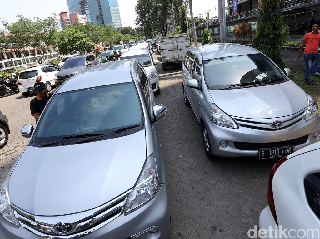 Nah Lho! Tarif Taksi Online Juga Mau Naik