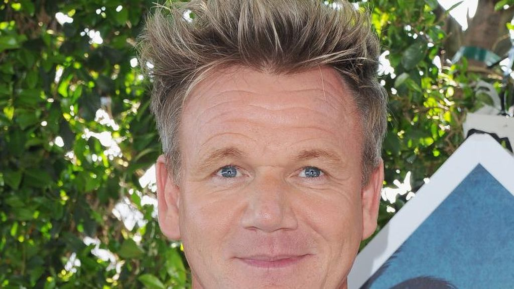 Juri Master Chef Gordon Ramsay Terobsesi Perawatan Pengencangan Kulit