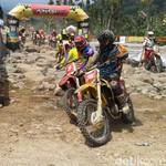 Viar Boyong Lima Tropi di Hard Adventure Endurocross Throttle Warriors