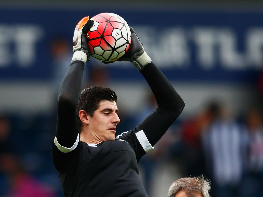 Courtois Tak Tergoda ke Liga China