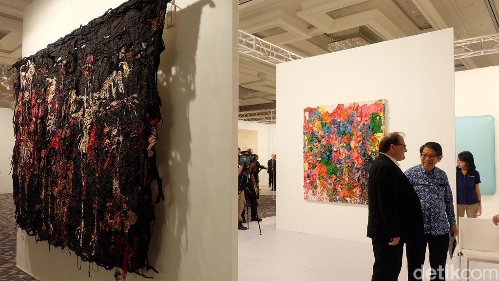 Melati Suryodarmo Hingga Gatot Pujiarto Juga Dilamar Pearl Lam Galleries