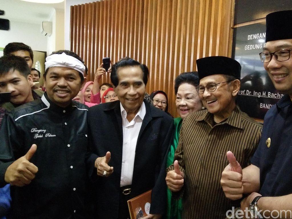 Mengenang BJ Habibie Saat Resmikan Gedung RS Khusus Ginjal di Bandung