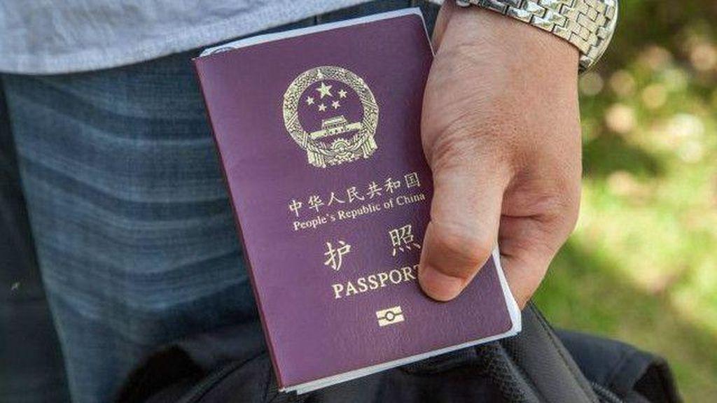 Keliru Lapor Pencurian, Turis China Terjebak Penampungan Pengungsi di Jerman
