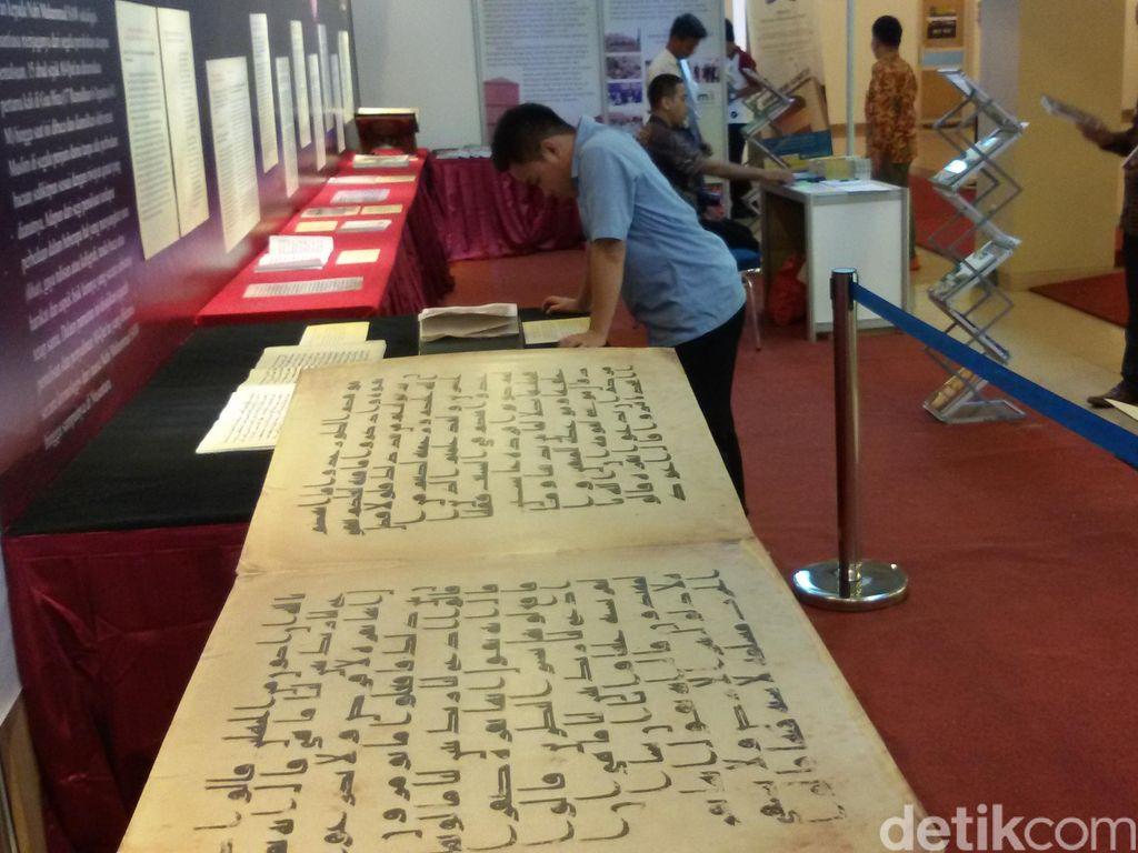 Al-Quran Terbesar Hingga Manuskrip Kuno Dipamerkan Saat Festival di Yogya