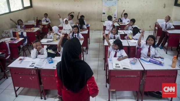 Para siswa mulai dilanda rindu bertemu teman-teman dan guru di sekolah. (
