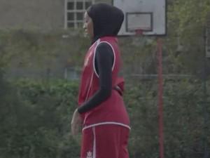 Atlet Berhijab Kini Diizinkan Federasi Bola Basket Ikut Bertanding