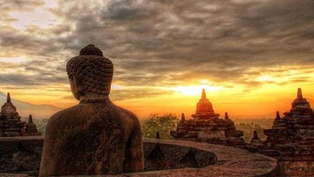 Sisi Lain Borobudur yang Seksi di Pagi Hari