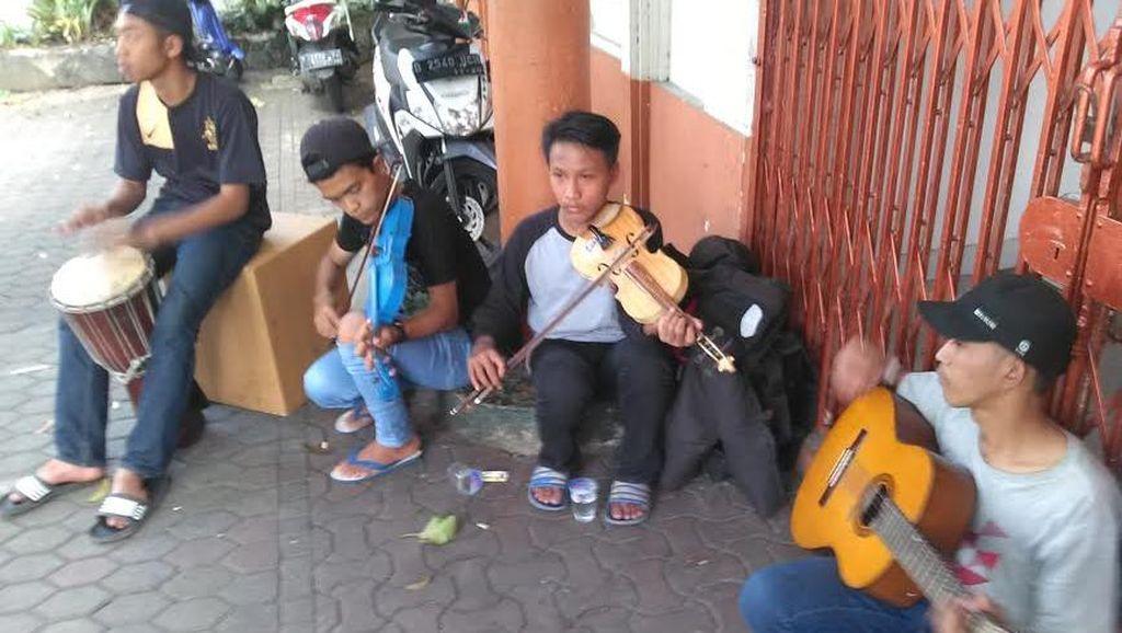 Mimpi 4 Pengamen Jalanan di Bandung Terwujud: Addie MS Undang Mereka ke Konsernya