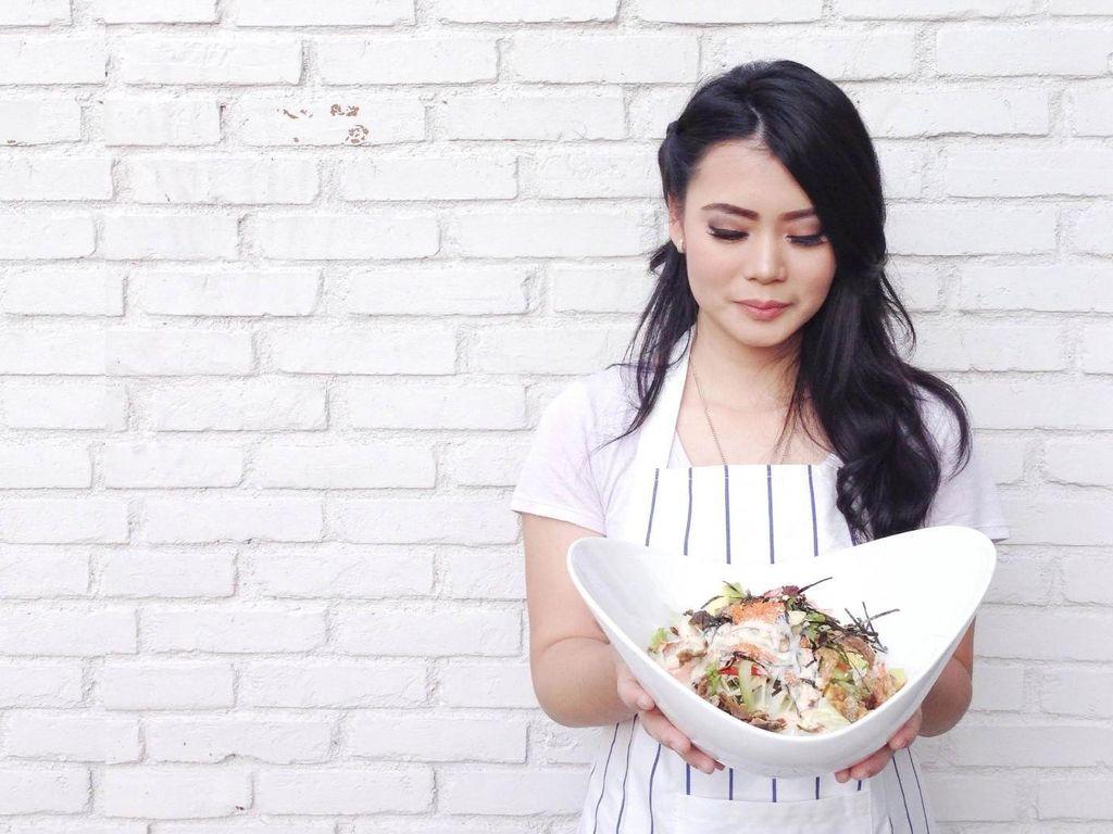 Dari Makanan, Stephanie Menabur Mimpi
