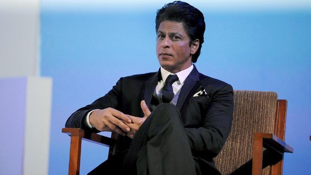 Lagi! Bintang Bollywood Shahrukh Khan Ditahan di Imigrasi Los Angeles