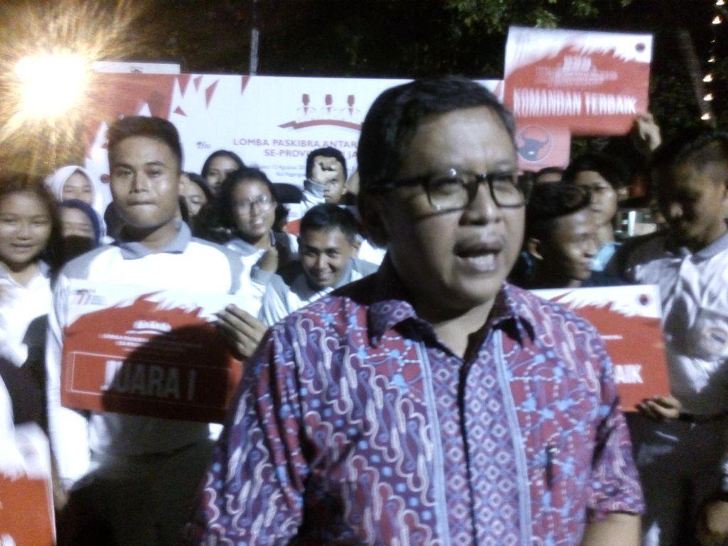 Yusril Sebut Jokowi Backing Ahok, PDIP: Presiden Milik Seluruh Rakyat