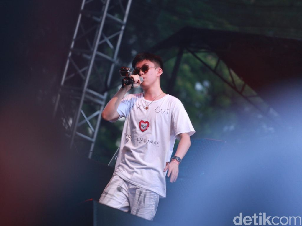 Rich Chigga Buat Remix Lagu Skrillex Working For It