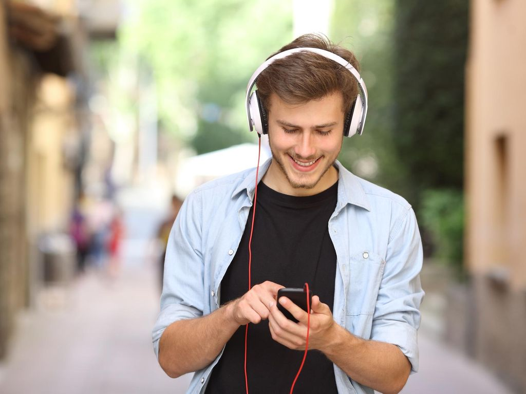 Era Digital, Tulis Lagu Harus Pertimbangkan Data?