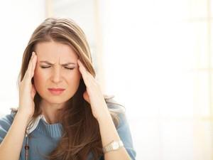 Sering Sakit Kepala? Coba Atasi dengan Rutin Konsumsi 5 Makanan Enak Ini