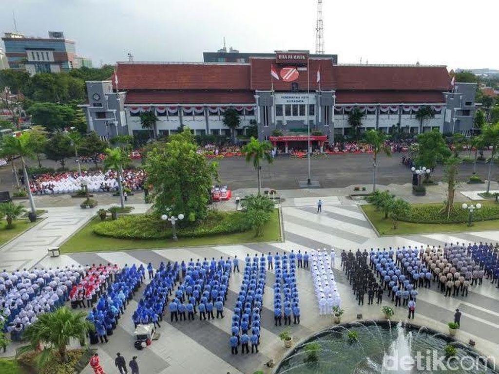 Pemkot Surabaya Tegaskan Honorer dan Outsourcing Digaji UMK