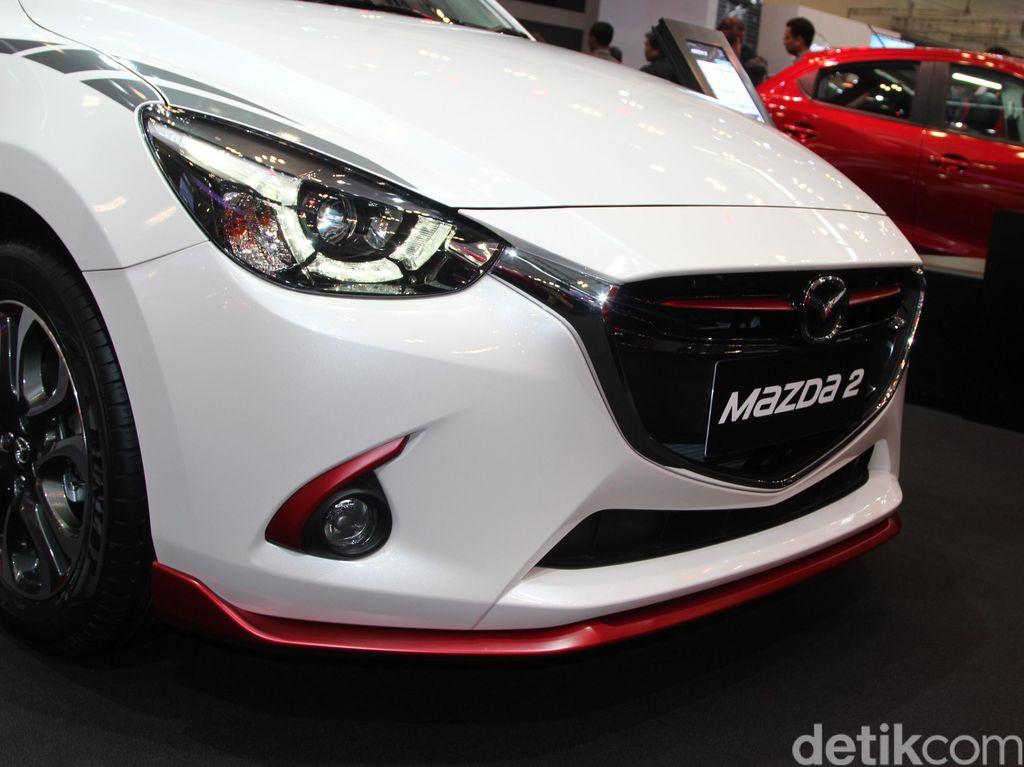 Percantik Tampilan Mazda2 dengan Aksesori Resmi
