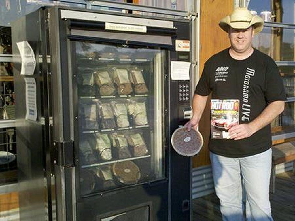 Kepiting Hidup hingga Mashed Potato Bisa Dibeli di Vending Machine (2)
