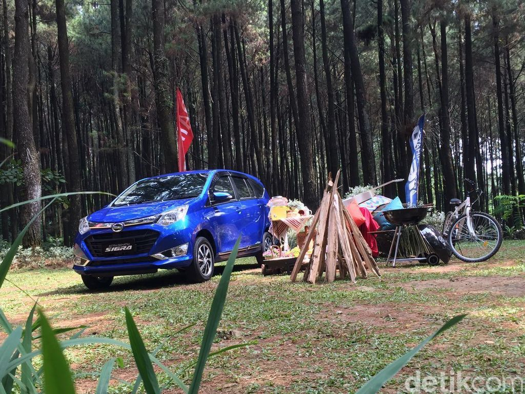 Daihatsu: Peristiwa Tiba-tiba Pecahnya Kaca Belakang Sigra Terjadi di Luar Jawa