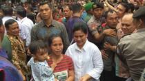 Jokowi dan Iriana Blusukan di Gunungsitoli, Tinjau Posyandu Warga