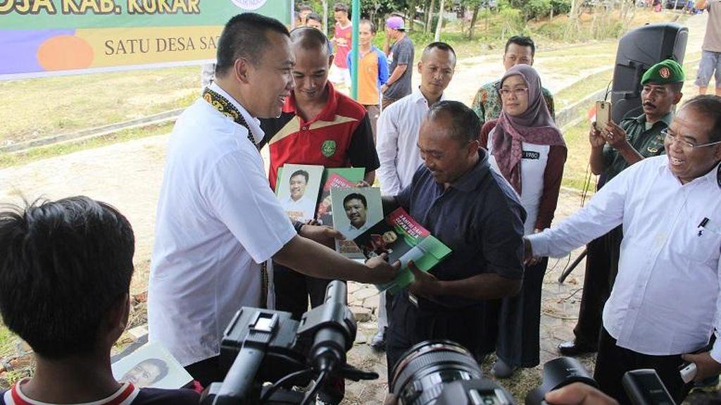 Menpora Jelaskan Manfaat Strategis Lapangan Desa