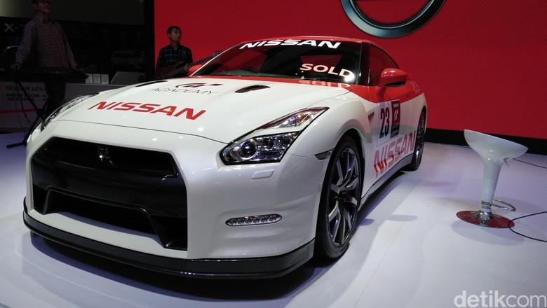Didera Masalah Besar, Nissan Masih Produksi GT-R