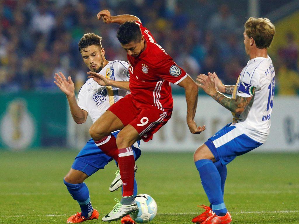 Lewandowski Hat-trick, Bayern Kalahkan Carl Zeiss Jena 5-0