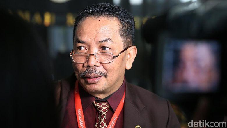 Hakim Binsar Usulkan Tes Keperawanan Sebelum Menikah