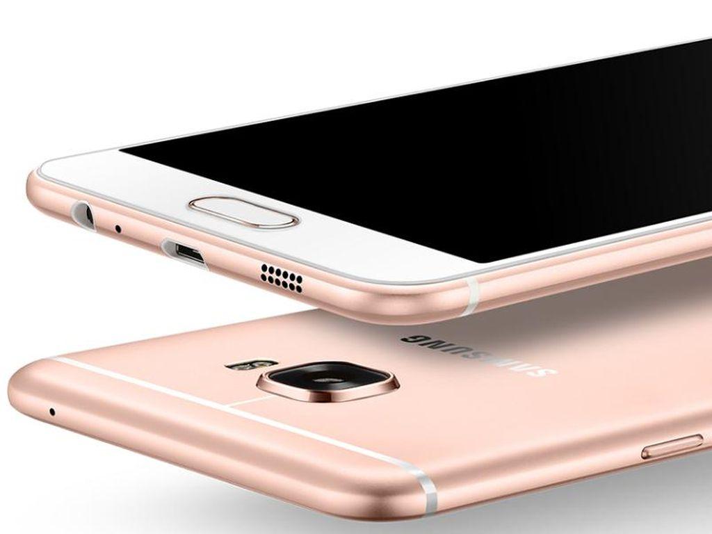 Samsung Garap Galaxy C9 yang Mirip iPhone 6S