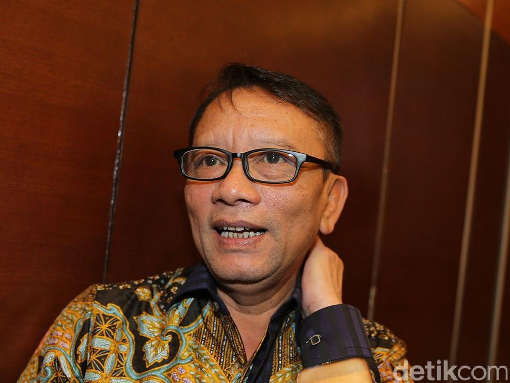 Eks Dirjen Pajak Ken Dwijugiasteadi Jabat Wakil Korbid Golkar