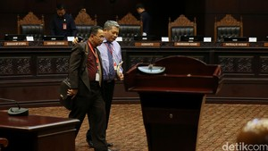 Hakim Agung Sumantaha Setuju Syarat Hakim Agung Nonkarier Diperberat