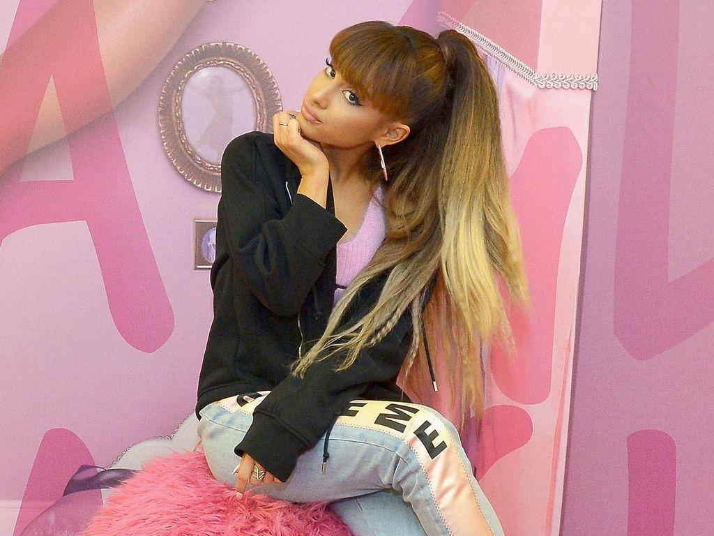 Ariana Grande Janjikan 5 Lagu Baru dalam Positions Versi Deluxe