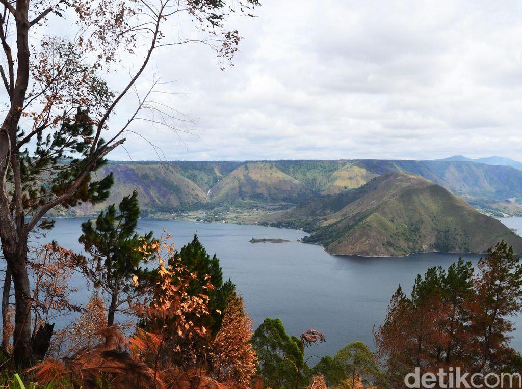 Siapa Sangka, Danau Cantik Ini Lahir dari Bekas Bencana