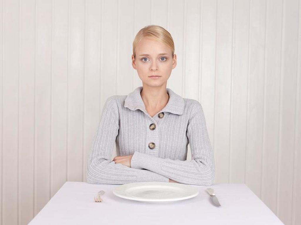 Makan Sekali Sehari Demi Tubuh Langsing, Ini Efeknya Bagi Tubuh