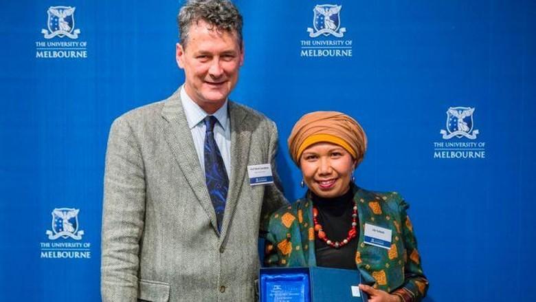 Lily Yulianti Penggerak Sastra Indonesia Jarak Jauh dari Australia