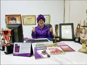 Raup Omzet Rp 250 Juta dari Ramuan Mujarab Mahkota Dewa