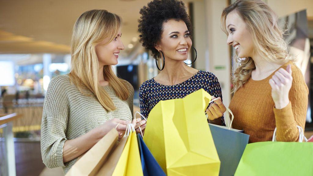 Tips Menghemat Pengeluaran Belanja untuk Natal dan Akhir Tahun