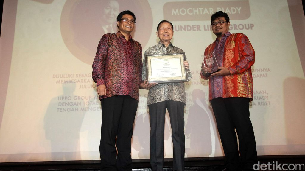 Founder Lippo Group Terima Lifetime Achievment Awards