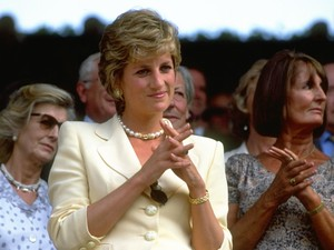 Perselingkuhan Pangeran Charles Paksa Putri Diana Hadapi Camilla