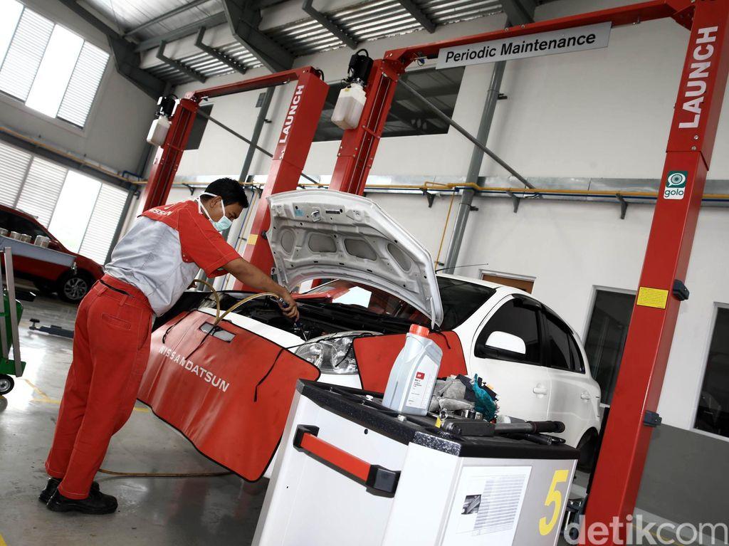 Konsumen LCGC Malas Servis Mobil di Bengkel Resmi?