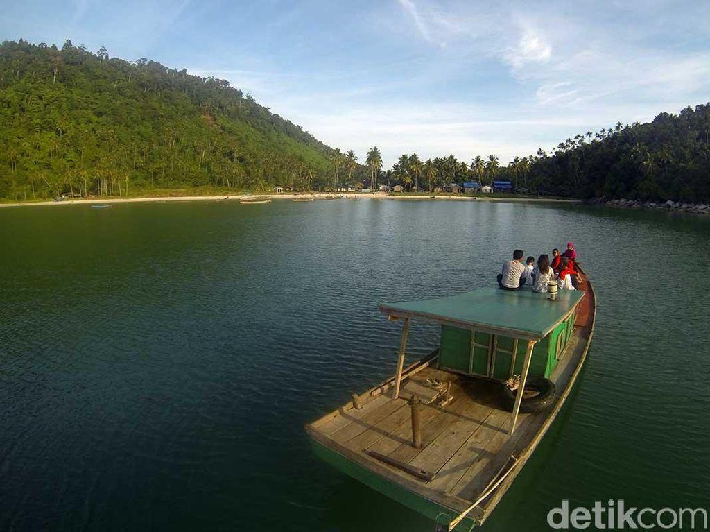 3 Pulau Cantik yang Wajib Dikunjungi di Kepulauan Karimata