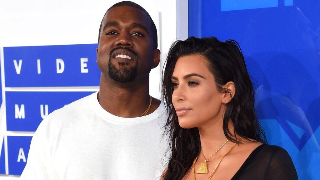Sahabat Bantah Kabar Perceraian Kim Kardashian dan Kanye West