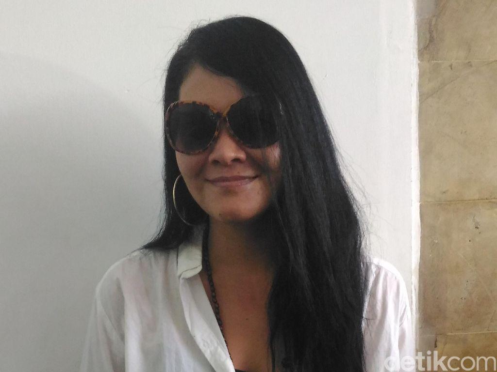 Peliharaan Mati Saat Dititipkan, Melanie Subono Marah