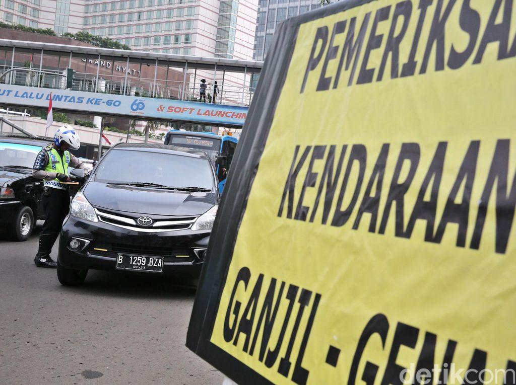 Sebagian Jakarta Masih Banjir, Ganjil Genap Diberlakukan Hari Ini