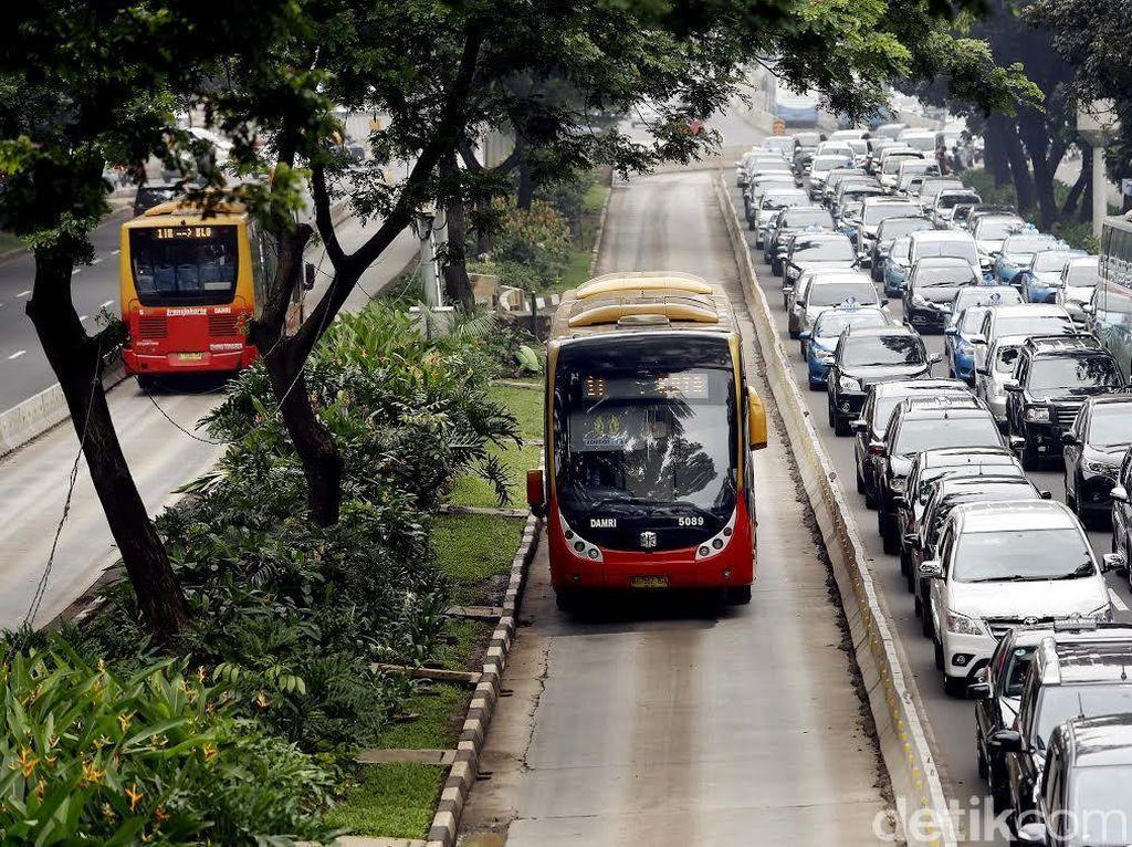 Status Karyawan TransJakarta Ditargetkan Diputus September