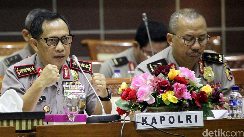 Kapolri Setuju Usul Anggota DPR Agar Polisi Korban Ricuh 411 Dapat Penghargaan