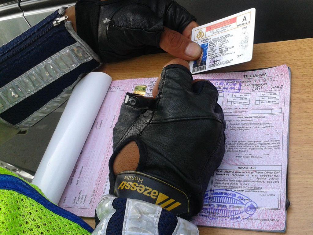 Ke Depan, SIM Pelanggar Lalu Lintas Bisa Dicabut