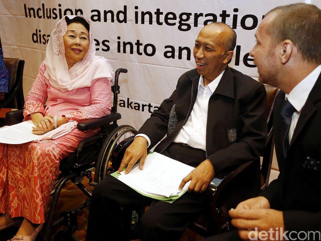 Sinta Nuriyah Wahid Hadiri Diskusi Penyandang Disabilitas